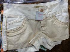 Short marfim com brilho R$ 89,99