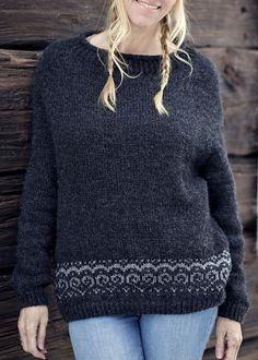 Ravelry: Froya pattern by Katrine Hammer ~ FREE pattern Fair Isle Knitting, Free Knitting, Sweater Knitting Patterns, Crochet Patterns, Comfortable Outfits, Cardigans For Women, Pulls, Knitting Projects, Free Pattern