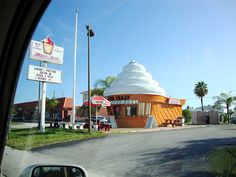 Twistee Treat Ice Cream Stand  St. Pete Beach, Florida