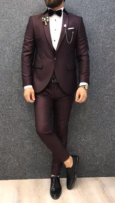 Collection: Spring – Summer 2019 Product: Claret Red Slim Fit Tuxedo Color Code: Claret Red Size: Suit Material: 70 viscose, 30 polyester Machine Washable: No Fitting: Slim-fit Package Include: Jacket, Vest, Pants Only Gifts: Shirt, Chain and Bow Tie Blazer Outfits Men, Stylish Mens Outfits, Slim Fit Tuxedo, Tuxedo For Men, Indian Men Fashion, Mens Fashion Suits, Dress Suits For Men, Men Dress, Formal Suits For Men