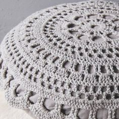 Google Image Result for http://www.monshoppingdesign.com/520-995-thickbox/numero-74-coussin-de-sol-crochet-gris-perle.jpg