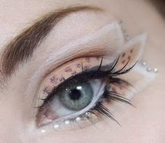 The Closest Thing to Deco Makeup? Awesome Makeup Tutorials ~ Drop Dead Cute