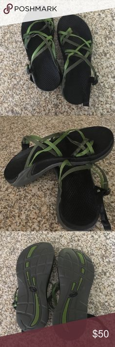 Chacos BARELY WORN. Size 6, 2 toned green, adjustable straps. Comes with box. Chacos Shoes Sandals