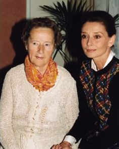 Rare photo of Audrey Hepburn with her mother Ella van Heemstra.