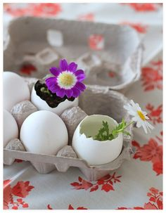 Easter!!!! this pic is inspiring to get in a crafty mood