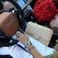 Chanel Flap Bag and Audemars Piguet watch Luxury Lifestyle Fashion, Rich Lifestyle, Mode Logos, Luxe Life, Car Girls, Luxury Bags, Chanel Boy Bag, Louis Vuitton Speedy Bag, Shoulder Bag