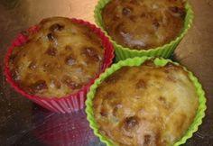 Hagymás-baconos muffin Ricotta, Bacon, Breakfast, Recipes, Food, Cupcake, Morning Coffee, Essen, Cupcakes