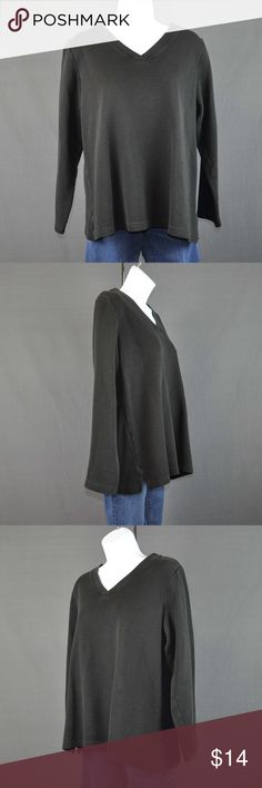 """Denim & Co Black V-Neck Ribbed Tunic Sz: M Top is in good condition. No rips stains or tears, minor color fade at seams from washing and wearing, some pilling ( little fabric balls) from washing and wearing.    85% cotton 15% polyester Machine wash cold gentile cycle 2"""" slit on each side of hem  Measured flat: Shoulder: 16 1/4"""" Bust: 21 3/4"""" Waist: 20 1/4"""" Hem: 23 3/4"""" Length: 24 3/4"""" Sleeve A: 8.5"""" Sleeve length: 21.5"""" Cuff: 4.5""""  Smoke free pet friendly home.  ❤️bundles ❌trades Please…"""