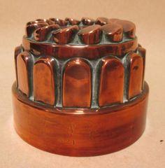 Sale D051115 Lot 83  A copper crown jelly mould  - Cheffins