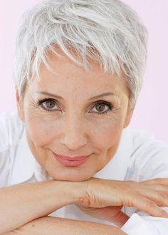 This is how i hope my hair looks as it turns grey.         .F | Gabriela Rickli