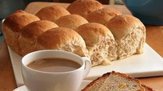 How to Make Yeast Bread  Baking Learn the basics of making yeast bread, with or without a bread machine. Yeast Bread Recipes, Bread Machine Recipes, Baking Tips, Bread Baking, Zojirushi Bread Machine, Homemade Breadsticks, Piece Of Bread, My Dessert, Pudding Recipes