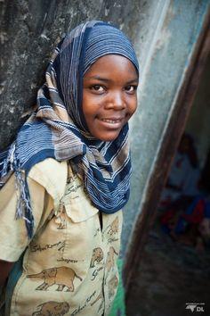 Le regard des jeunes de l'orphelinat en Tanzanie John Magufuli, African Great Lakes, Great Lakes Region, Bons Plans, Republic Of The Congo, Uganda, Kenya, Detour, Tanzania