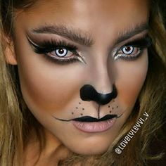 LIONESS MAKEUP LOOK. Cheetah Halloween Costume, Cat Halloween Makeup, Maquillaje Halloween, Face Paint Makeup, Diy Makeup, Lioness Makeup, Lioness Costume, Werewolf Makeup, Adele