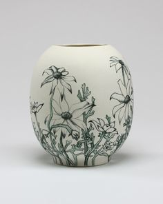 Sarah O'Sullivan :: Flannel Flowers - porcelain with hand drawn underglaze pencil 2012 :: click now for info. China Painting, Ceramic Painting, Pottery Bowls, Ceramic Pottery, Pottery Ideas, Ceramic Decor, Ceramic Art, Flannel Flower, Ceramic Workshop