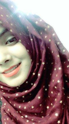 Hijabi Girl, Girl Hijab, Hijab Dp, Beautiful Hijab Girl, Beautiful Girl Photo, Stylish Girl Images, Stylish Girl Pic, Cute Girl Face, Cute Girl Photo
