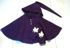 Cape in felted wool.