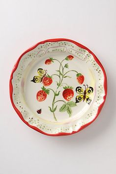 De Vincennes Dinner Plate, Berries      AHHHH...Butterflies and Strawberries on ONE plate. i'm dying here... i must have these!!!