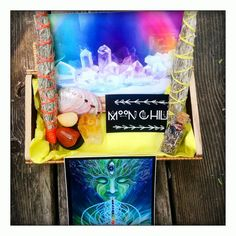 Motivation Meditation Solar Plexus Chakra by MysticKeyMeditations Chakra Art, Sacral Chakra, Bamboo Box, Alex Grey, Solar Plexus Chakra, Good Spirits, Psychic Abilities, Abalone Shell, Moon Child