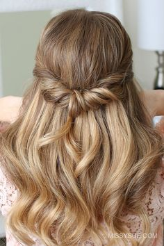 Wedding Hairstyles Medium Hair Looped Half Updo - I've been wanting to post more half up styles since you guys are always requesting them and this hairstyle is super easy and perfect for everyday too! From start to finish this hairstyle takes less th Prom Hair Medium, Medium Hair Styles, Short Hair Styles, Bridesmaid Hair Half Up Medium, Easy Work Hairstyles, Straight Hairstyles, Trendy Hairstyles, Easy Everyday Hairstyles, Curly Hairstyles
