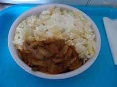 Túrós kagylótészta gombapörkölttel Grains, Rice, Food, Eten, Seeds, Meals, Korn, Diet