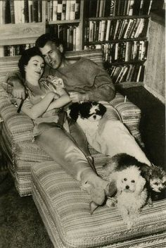 Stewart Granger and Jean Simmons relaxing at home with their pets