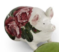 WEMYSS WARE 'CABBAGE ROSES' SMALL PIG FIGURE, CIRCA 1900