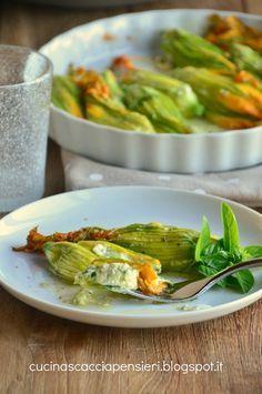 Cucina Scacciapensieri: Fiori di zucca ripieni di ricotta zucchine e noce moscata