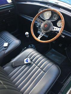 Classic Austin Mini 1971 1310cc Cooper engine polished