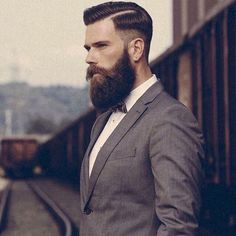 Best Beard Balms and Conditioners. All products made with the finest Beard Oil and Beard Wax ingredients to give your great style, hold and tame Beard hair. Medium Beard Styles, Beard Styles For Men, Hair And Beard Styles, Beard Suit, Beard Wax, Best Beard Balm, Fade Haircut Designs, Drop Fade Haircut, Best Beard Growth