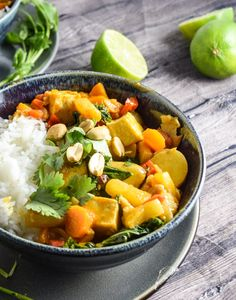 Pineapple, Peanut and Potato Curry ----- Hearty, filling, potato curry, made by braising baby potatoes in a coconut curry broth with pineapple and toasted peanuts. Vegan and gluten-free recipe.