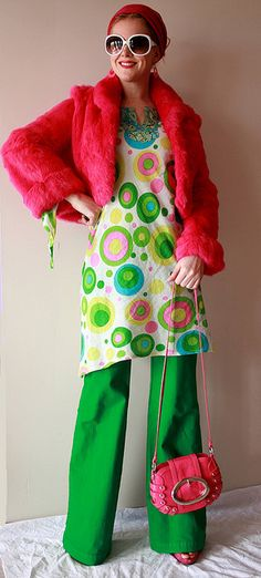 Those pants are awesome! I think yes. Separate But Equal, Irish Traditions, Vintage Ideas, Pink Shoes, Go Green, St Patricks Day, Rainbows, Envy, Harajuku