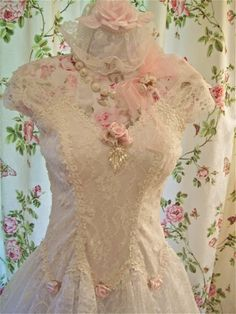 white lace, pink flowers, lovely - fits so well with shabby chic decor too (repin)
