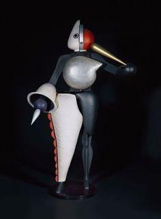 Oskar Schlemmer, Figurine zum Triadischen Ballett (Der Abstrakte), 1922, verschiedene Materialien, Staatsgalerie Stuttgart,  Leihgabe der Freunde der Staatsgalerie
