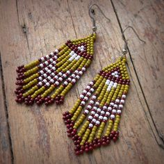 Olive Beaded Earrings Seed Bead Earrings Dangle di Anabel27shop