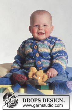 """Lines and Dots / DROPS Baby - DROPS jacket with pattern borders and socks in """"Muskat"""". Baby Knitting Patterns, Knitting For Kids, Knitting Stitches, Baby Patterns, Free Knitting, Crochet Patterns, Drops Design, Drops Baby, Baby Cardigan"""