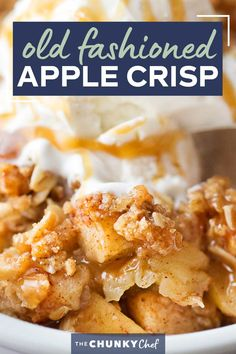 Old Fashioned Easy Apple Crisp | Chopped apples, cinnamon, brown sugar, and the best crispy oat topping, baked into the ultimate Fall dessert! Top with a scoop of ice cream and salted caramel for the perfect treat! #applecrisp #oats #dessert #apples #fromscratch #easyrecipe Best Apple Crisp Recipe, Apple Crisp Easy, Apple Crisp Recipes, Apple Dessert Recipes, Baking Recipes, Delicious Desserts, Apple Deserts, Ww Desserts, Donut Recipes