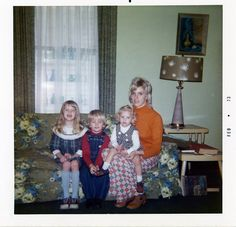 That 70's family by Theresa Thompson, via Flickr