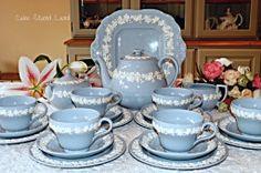 wedgwood queensware tea set  www.cakestandland.co.uk