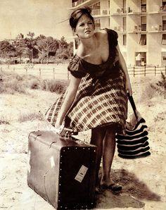 La ragazza della valigia Cardinale - Claudia Cardinale - Wikipedia