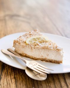 toasted coconut lemon mousse pie