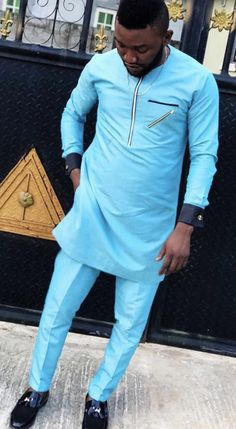 O2 Stitches Couples African Outfits, African Attire For Men, African Fashion Dresses, Nigerian Men Fashion, Indian Men Fashion, Men's Fashion, Native Wears, Mens Kurta Designs, African Beauty