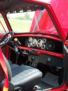 Supercharged VTEC All-Wheel-Drive 2.0L Mini Clubman Estate! Old Mini Cooper, Mini Cooper Custom, Mini Cooper Classic, Classic Mini, Mini Countryman, Mini Clubman, Mini Cooper Interior, Car Console, Mini Copper