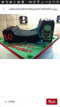 Cake idea 7th Birthday, Baby Car Seats, Children, Cake, Party, Young Children, Boys, Kids, Kuchen