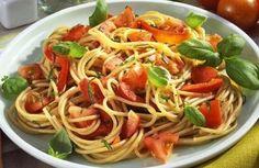 Spaghetti mit Tomaten und Basilikumbutter