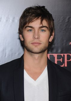 Chase Crawford: as Imriel. (With darker, longer hair of course) Gorgeous Eyes, Pretty Eyes, Beautiful Men, Beautiful People, Ugly Love Colleen Hoover, Gossip Girl Nate, Chase Crawford, Attractive Guys, Man In Love