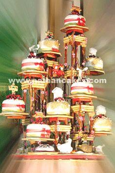 Google Image Result for http://www.cakechannel.com/images/multi-tier-wedding-cake21.gif