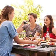 Nachmittagsgrillerei mit den Besten! #almdudler #lassunsdudeln #grillen #grillerei #bbq #foodie #foodporn