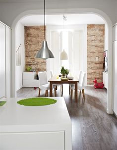 Light and airy dining area / live from IKEA FAMILY