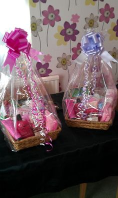 Wedding showers' gifts, that's  our specialties, check out more of our amazing gifts ideas at https://www.profiletree.com/zoe-dyche #babyshower, #gifts, #newborn, #chocolate, #chocolatebasket, #pink, #weddingshowers  #it'sagirl, #it'saboy, #pregnancy,