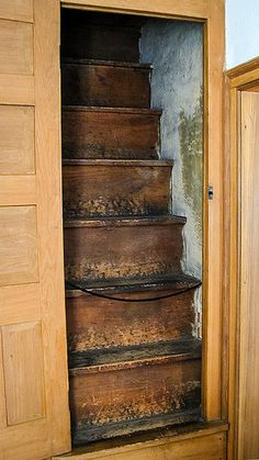 Steep Attic Stairs - maybe turn into drawers??
